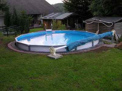 Neuer Pool